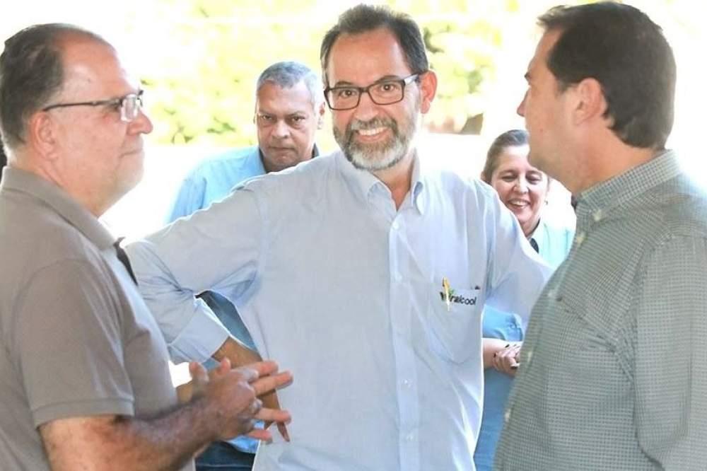 Asilo em Andradina homenageia sócio-proprietário da Viralcool por ... 4c32d77744a7f